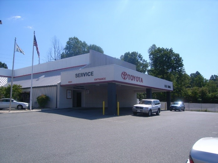 Berglund Toyota Service Department