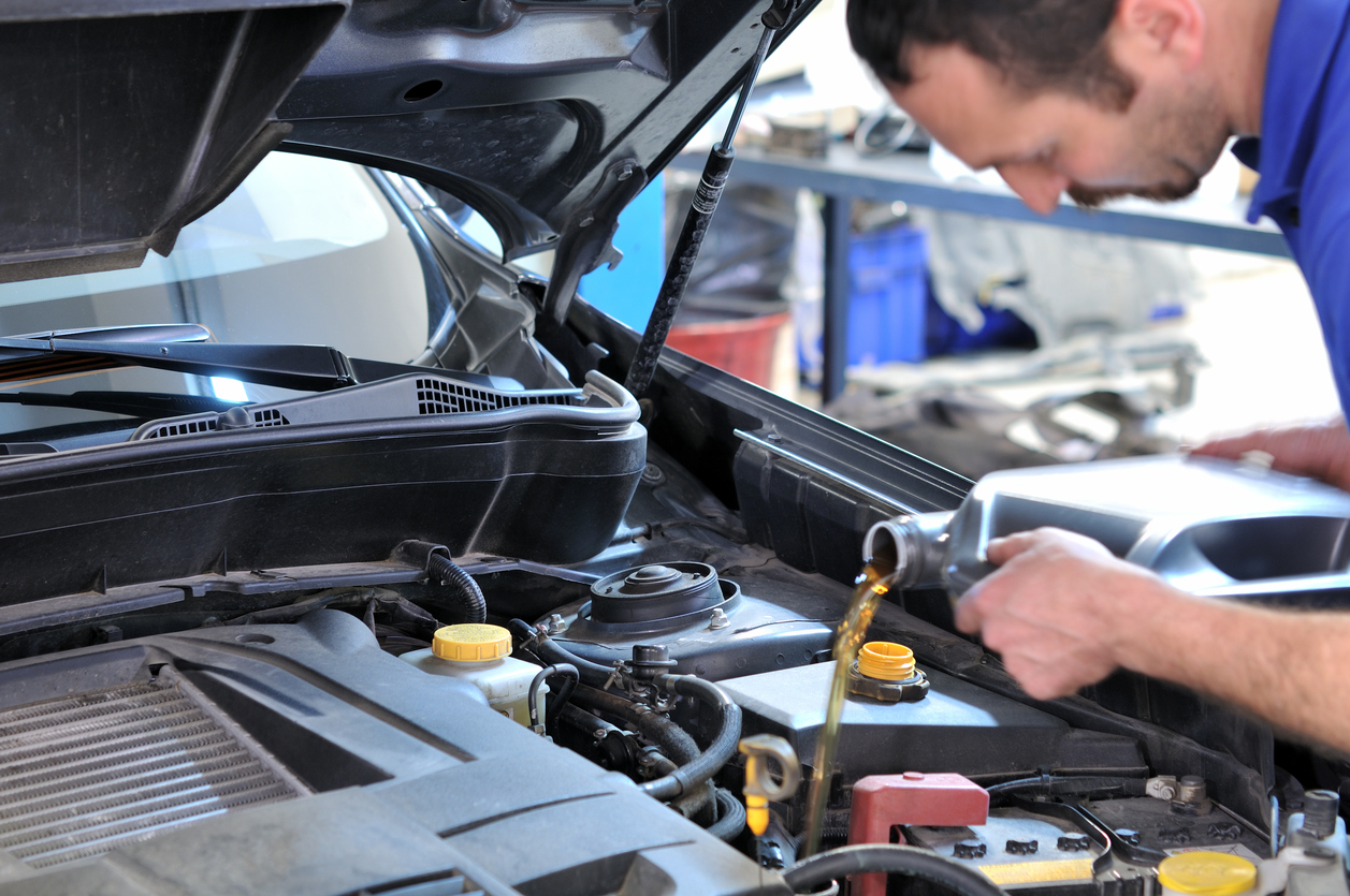 Oil Change Service in St. Louis, MO