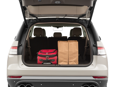 2020 Lincoln Aviator Trunk Space