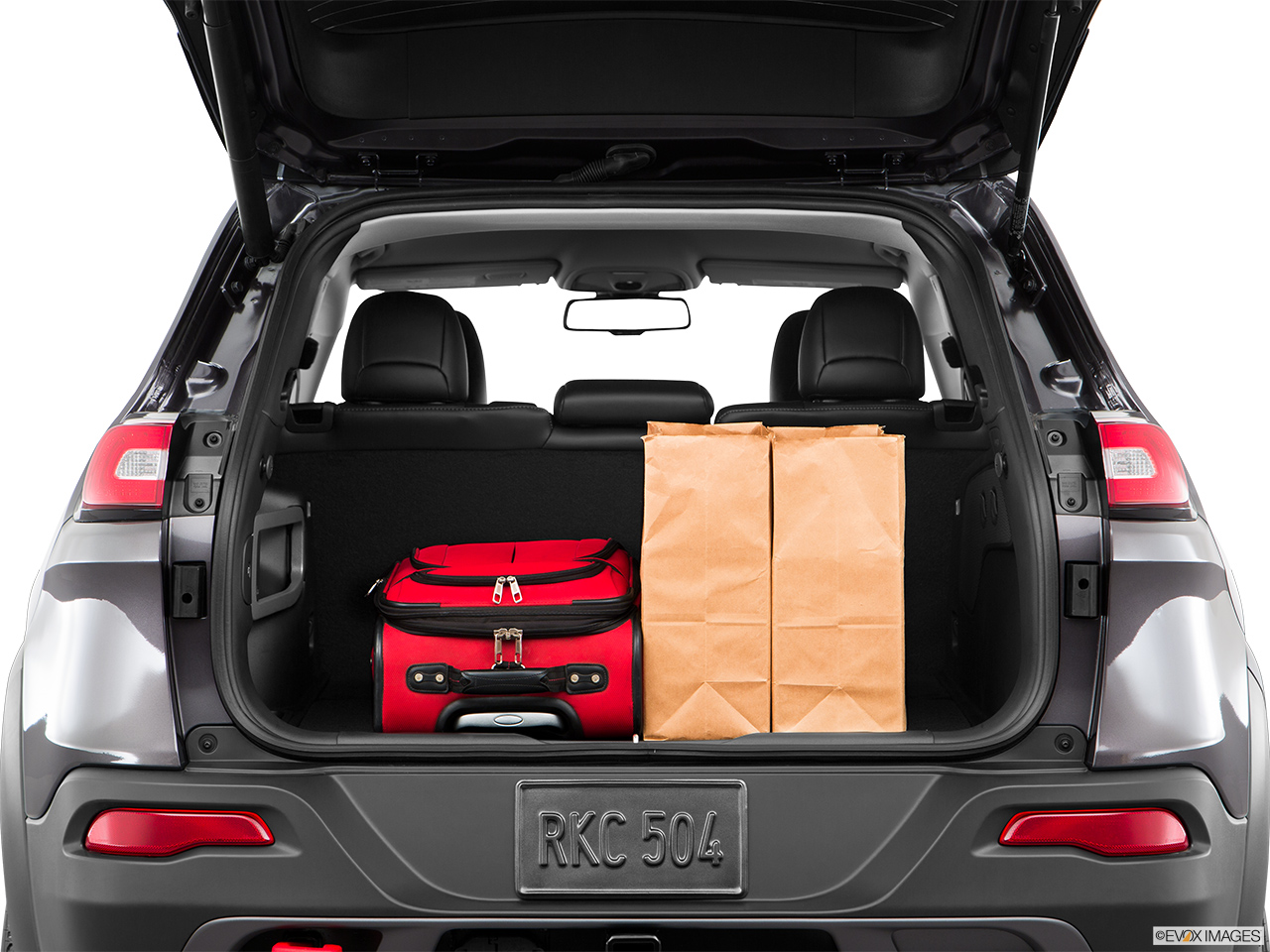 2016 Jeep Cherokee Trunk Space