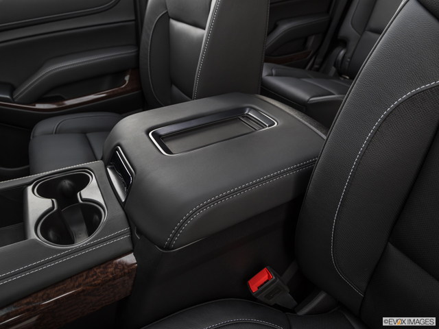 Sierra 1500 Backseat Cupholders