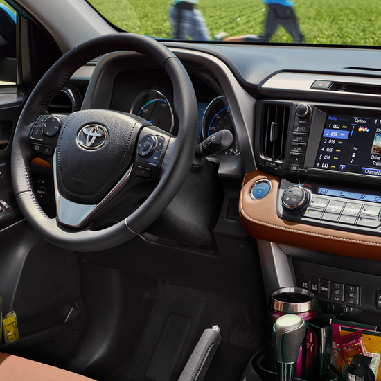 2018 Rav4 Interior Features