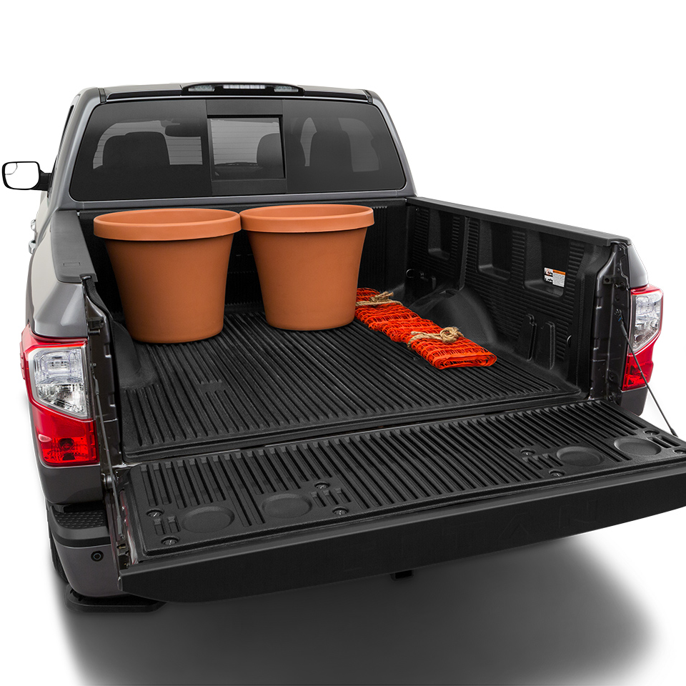 2019 Nissan Titan Bed