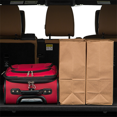 2018 Land Rover Discovery Trunk Space