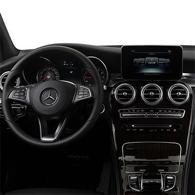 2018 Mercedes-Benz GLC Interior: /> <img style=