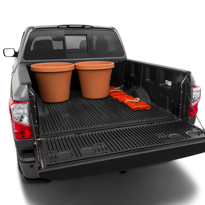2019 Nissan Titan Trunk space