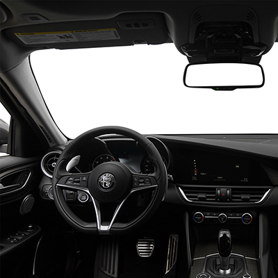 2018 Alfa Romeo Giulia in Vienna Virginia interior features steering wheel